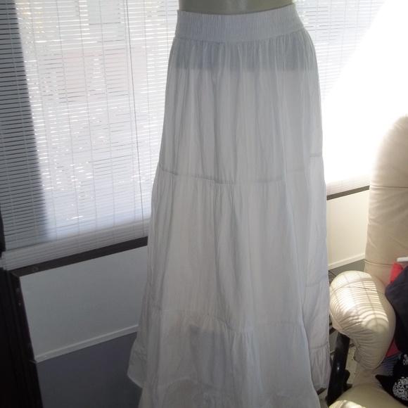 Studio West Dresses & Skirts - Studio West Boho Maxi 100% Cotton White Skirt Sz L